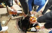 В Кыргызстане жители вылили алкоголь в канализацию (фото)