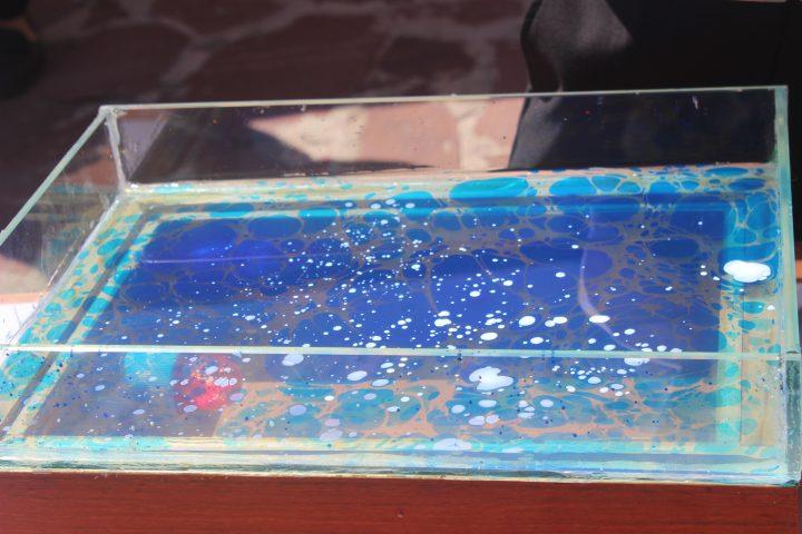 Су бетіндегі сурет (фото)