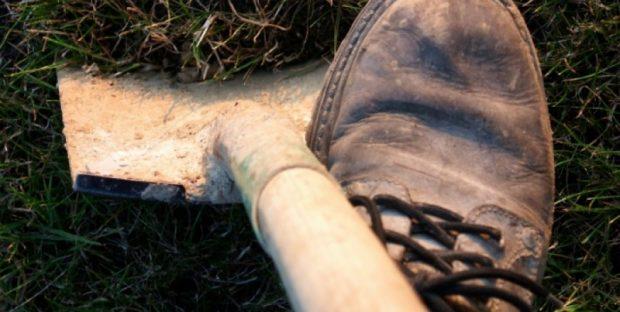 Көлігін сатпақ болған жігітті өлтіріп, көміп тастаған