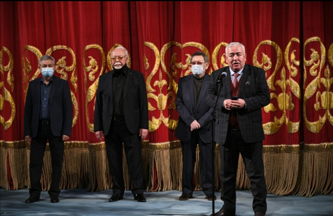М.Әуезов театры жаңа маусымның шымылдығын ашты