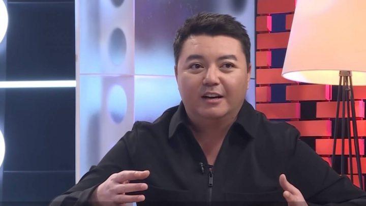 Алмас Кішкенбаевтың ажырасқанын естігенде анасы инсульт алған (видео)